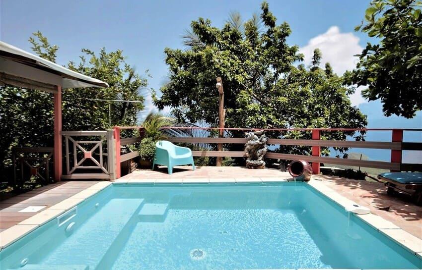 louer bungalow piscine martinique